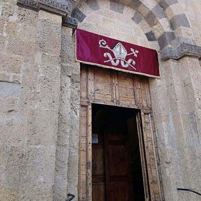Porta-della-Chiesa_500x838p